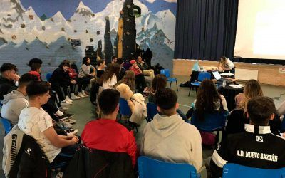 Las Peñas Festivas Juveniles de Nuevo Baztán se forman en Primeros Auxilios